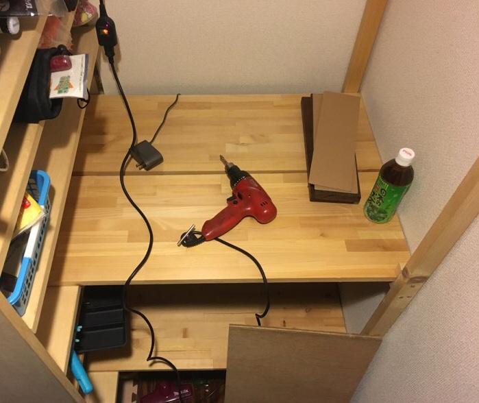 【DIY】キャンプ用品の収納スペースに困ったら…DIYで棚を作ろう!