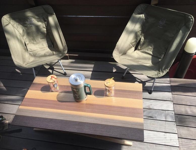 【メルカリ】ハンドメイドの折りたたみテーブルを購入!キャンプで映える最高にカッコいいテーブルをゲット!
